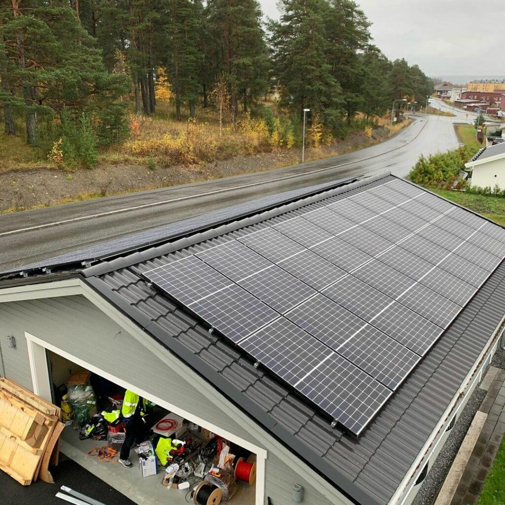 Solcellen installation Östersund